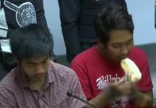 คลิป6โจ๋ กำลังกินขนมปังชิ้นสุดท้าย ที่ผู้ตายทำ