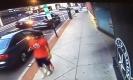 อย่างสยอง!! คนขับรถเก๋งตั้งใจฆ่าตัวตาย เร่งความเร็วฝ่าสามแยก