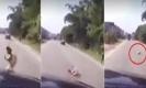 คลิปนาที เด็กผู้หญิงวิ่งข้ามถนนตัดหน้ารถยนต์ ถูกชนกระเด็นดับสลด
