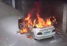 เด็กนรก!!แกล้งจุดพลุใส่รถคนอื่นจนไฟลุก แต่ก็ไม่มีคนสนใจ!!