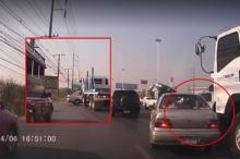 อุทาหรณ์ รถบรรทุกชนเก๋งแล้วลากต่อไกลกว่า 10 เมตร เหตุมุมอับมองไม่เห็น