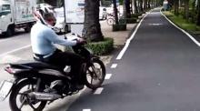 คลิปหนุ่มปะทะคารม จยย.วิ่งบนทางจักรยาน ถามมีปัญหาอะไร