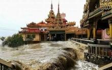 แม่น้ำเกรี้ยวกราด!! อุทกภัยที่ประเทศเพื่อนบ้าน น่ากลัวมาก!! (คลิป)