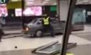 ระทึกขวัญอีก!!ขี้ยาคลั่งขับรถป่วนภายในอาคารสนามบินรัสเซีย(มีคลิป)