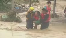 ภาพเหตุการณ์พายุกระหน่ำไต้ฝุ่น เซาเดโลร์ ขึ้นฝั่งไต้หวัน