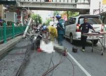 กล้องวงจรปิด เหตุการณ์นาที ต้นไม้-เสาไฟฟ้า ถนนชิดลมล้มทับคนดับ1เจ็บ2