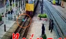 งงหนักมาก! หนุ่มกระโดดให้รถไฟทับแต่รอดปาฏิหาริย์