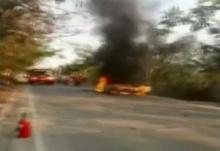 ระทึก! คนขับหนีตายหลังไฟลุกท่วมเก๋งติดแก๊สย่านปากเกร็ด