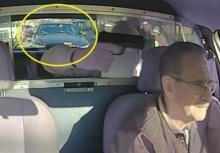 กรรมติดจรวด!!โจรกำลังปล้นแท็กซี่ แต่หารู้ไม่มีรถตร.อยู่ข้างหลัง!!