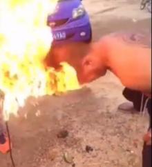 พิลึกคน!!หนุ่มพิเรนทร์ใช้สว่านติดไฟเผาหัวตัวเอง สุดท้ายไหม้!!