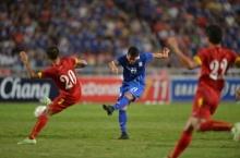 ชมอีกครั้ง คลิปบรรยากาศ ชวน ขนลุก วินาที ปกเกล้า อนันต์ ชัดประตูชัยให้ไทยชนะเวียดนาม