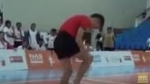 สุดยอดเด็กจีนสร้างสถิติกระโดดเชือกเร็วที่สุดในโลก(ถี่ยิบ)