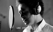 รักที่ไม่มีวันสิ้นสุด บทเพลงเพื่อพ่อหลวงจาก หนุ่มอังกฤษ EWING