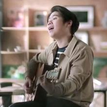 อยู่นี่ไง - เพลงใหม่ Atom ชนกันต์ [Official MV]
