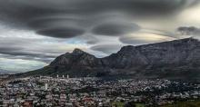 สุดทึ่ง!! ก้อนเมฆ แปลกประหลาดบนท้องฟ้า เมืองเครปทาวน์