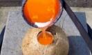 เมื่อเอาทองแดงหยอดลงไปในลูกมะพร้าว จะเกิดอะไรขึ้น?